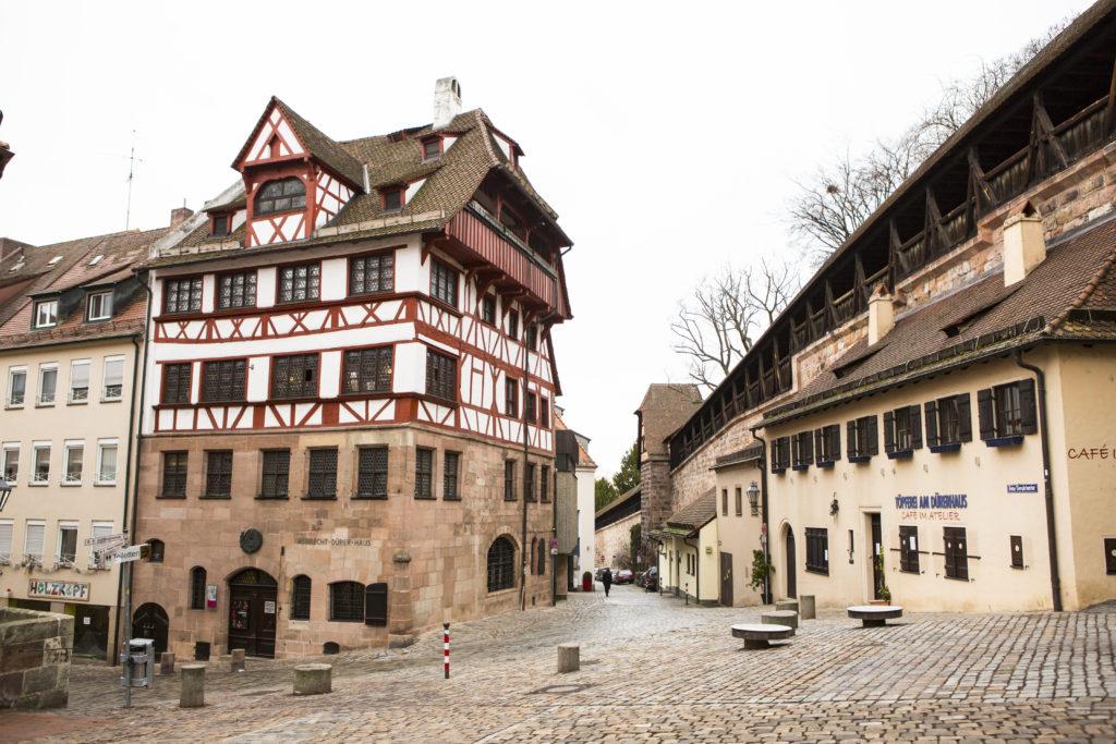 La piazza e la casa di Durer